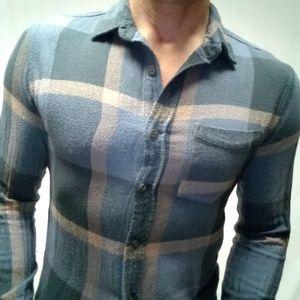 Modern amusement Trimfit sm flannel plaid shirt